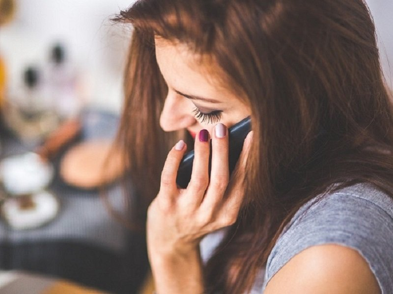 Rughe da smartphone: rimedi e consigli