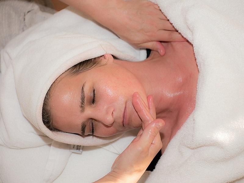 Massaggi viso per una pelle strepitosa